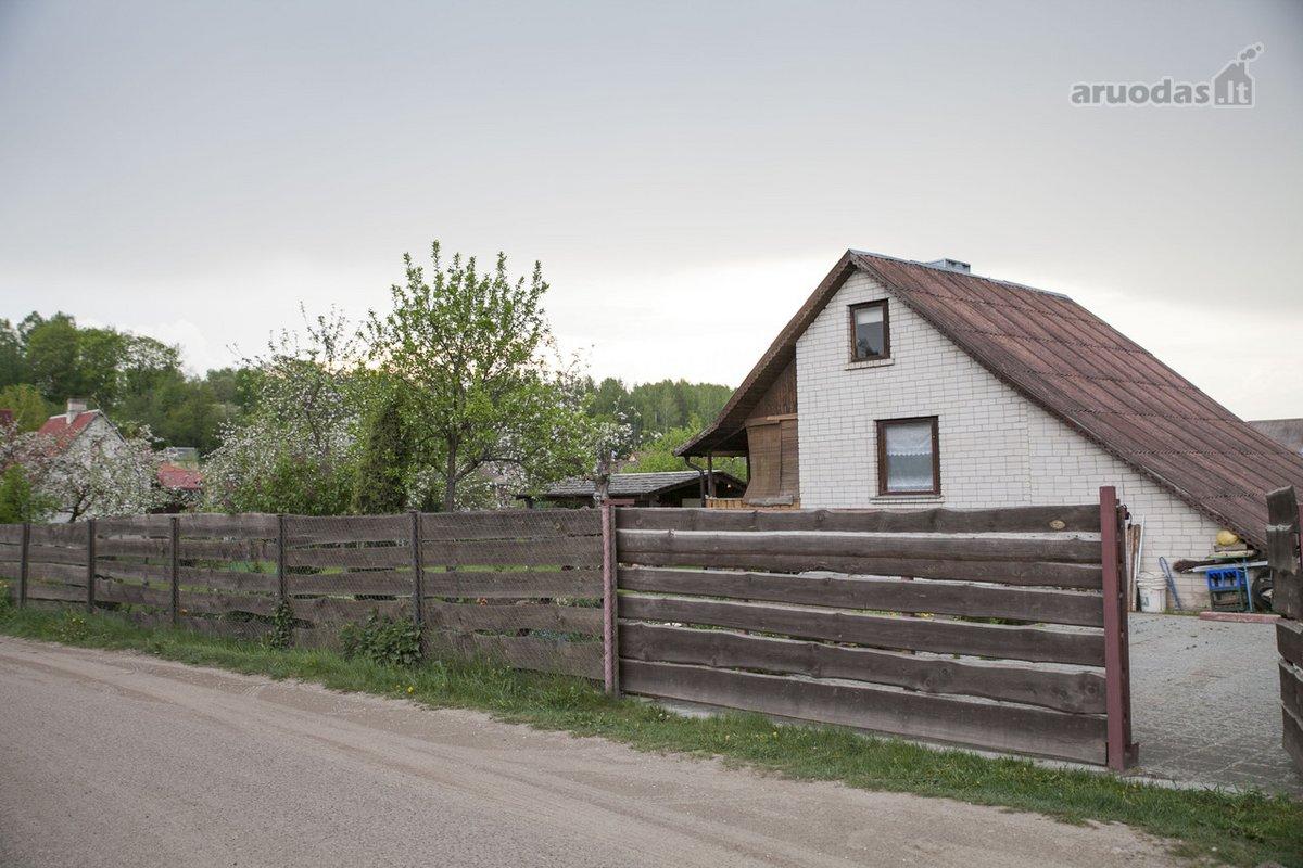 Trakų r. sav., Valų k., Karklų g., mūrinis sodo namas