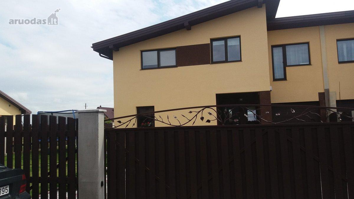 Klaipėdos r. sav., Gindulių k., Medaus g., mūrinis sublokuotas namas