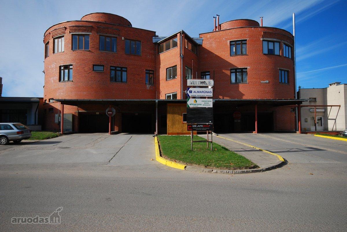 Vilnius, Karoliniškės, Sietyno g., mūrinis garažas
