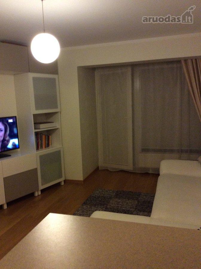 Vilnius, Rasos, Varšuvos g., 2 kambarių butas