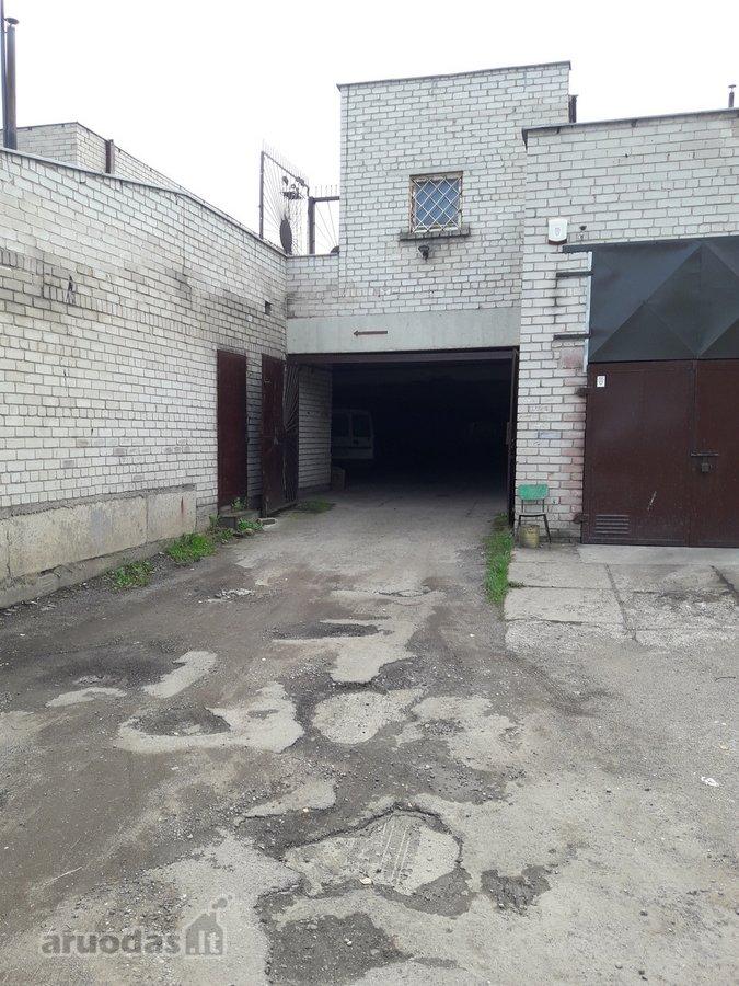 Kaunas, Petrašiūnai, R. Kalantos g., mūrinis garažas