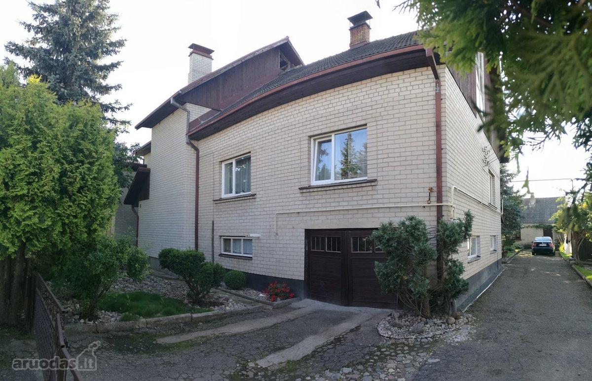 Kauno r. sav., Garliavos m., Digrių g., mūrinis sublokuotas namas