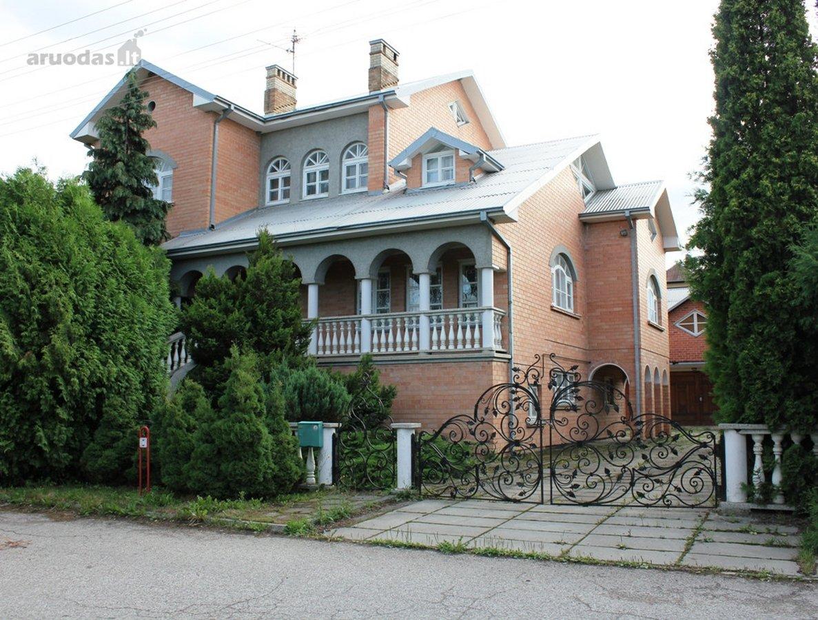Kauno r. sav., Garliavos m., Pažėrų g., mūrinis namas