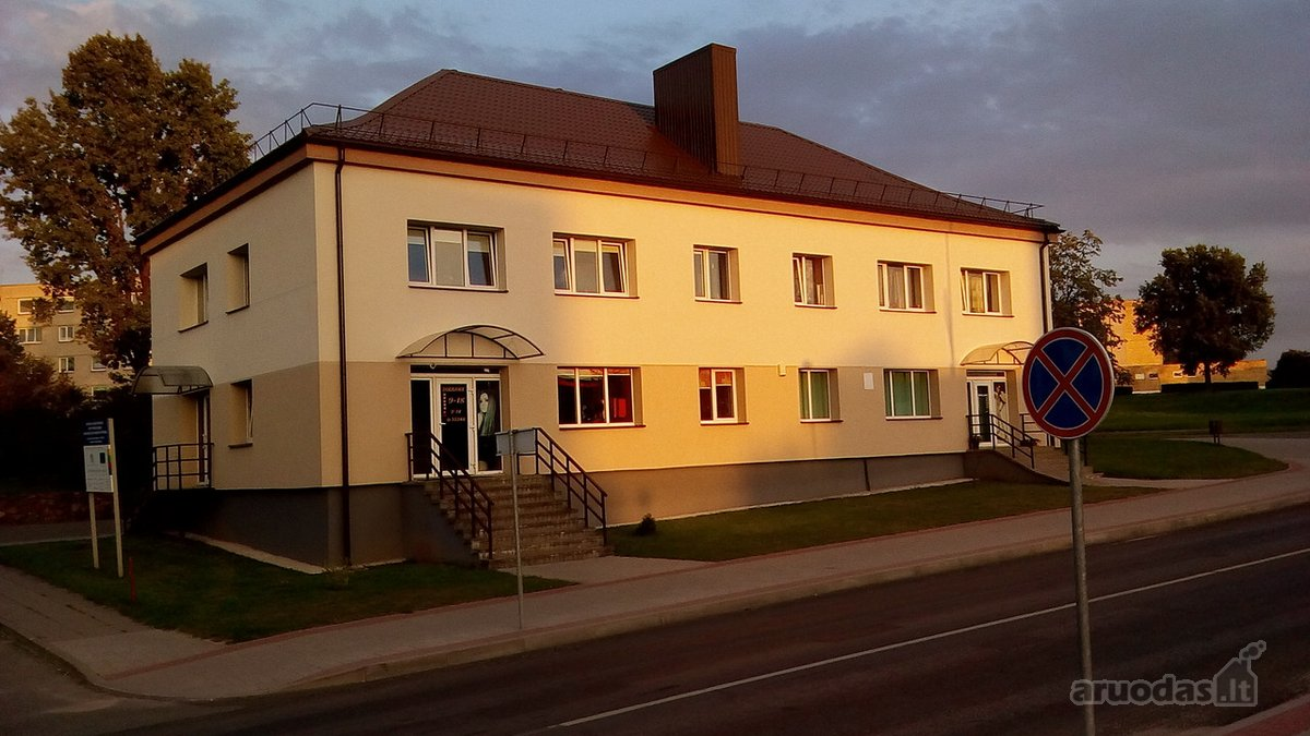 Kupiškio m., Gedimino g., 3 kambarių butas