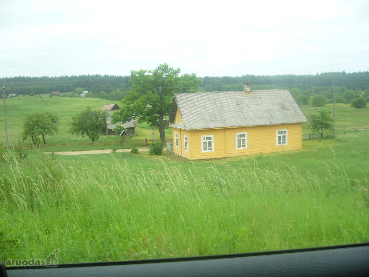 Varėnos r. sav., Kapiniškių k., rąstinė sodyba
