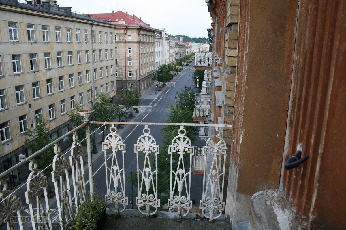 Vilnius, Naujamiestis, Gedimino pr., 3 kambarių butas