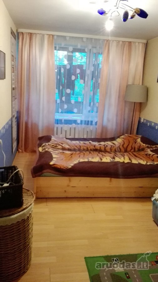 Vilnius, Naujininkai, Dzūkų g., 3 kambarių butas
