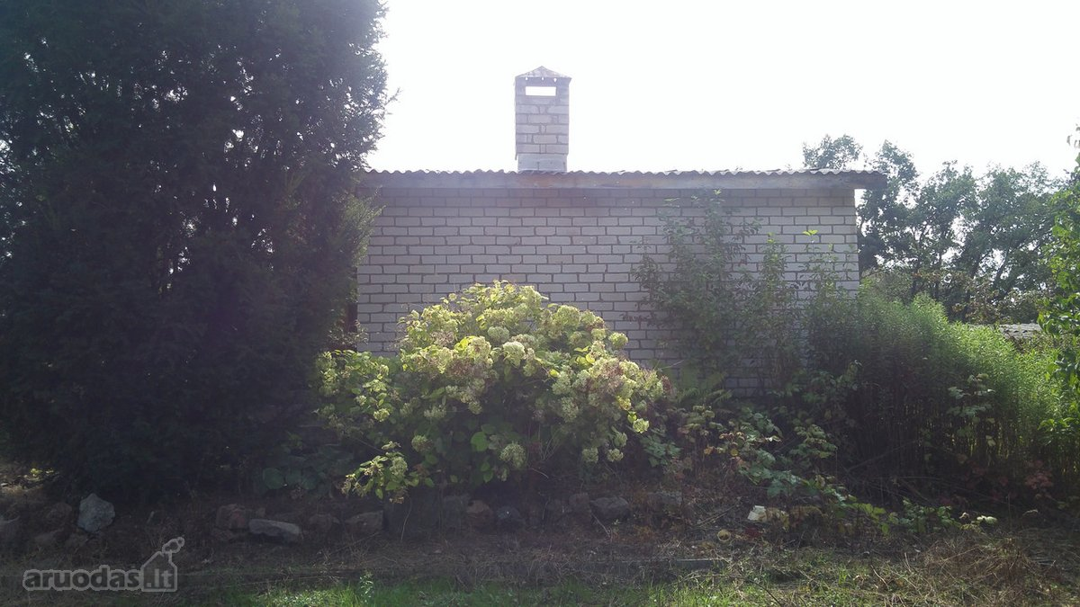Alytaus k., Nemuno g., mūrinis sodo namas