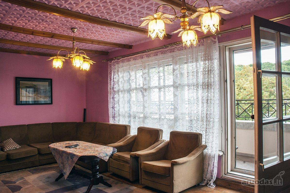 Kaunas, Centras, A. Mickevičiaus g., 4 kambarių butas