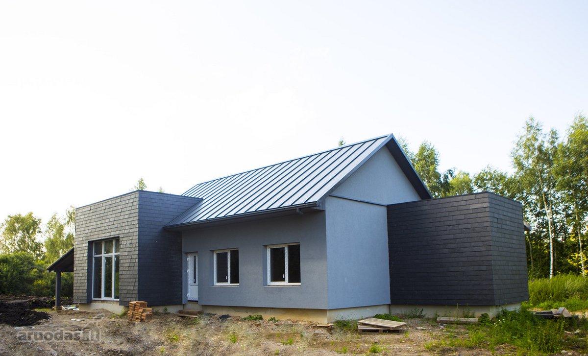 Utenos r. sav., Jasonių k., mūrinis namas