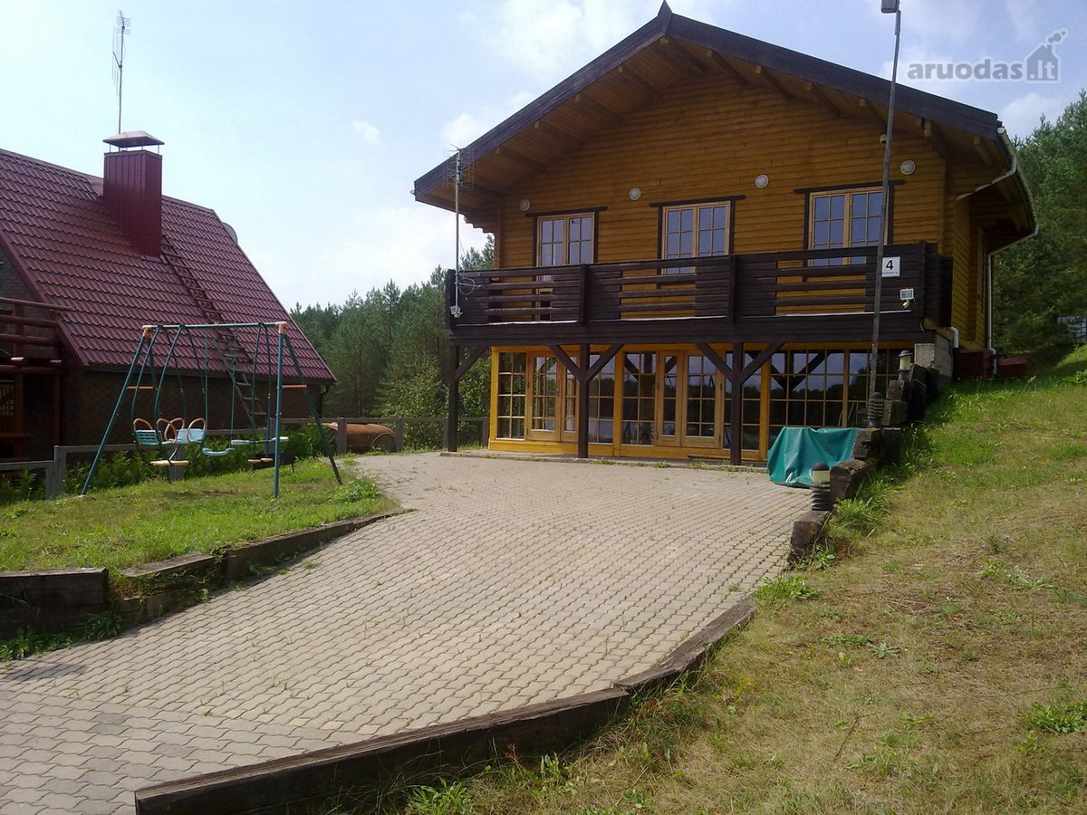 Trakų r. sav., Paežerėlių k., Nuokalnės g., rąstinis namas