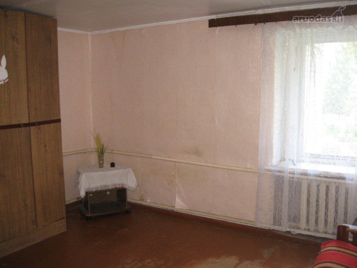 Ignalinos r. sav., Ignalinos m., Ažušilės g., 2 kambarių butas
