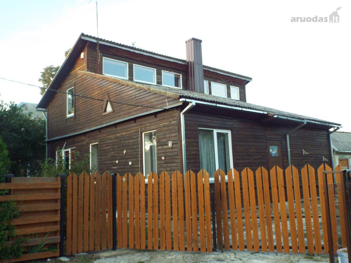 Panevėžio r. sav., Ramygalos m., Dariaus ir Girėno g., rąstinis namas