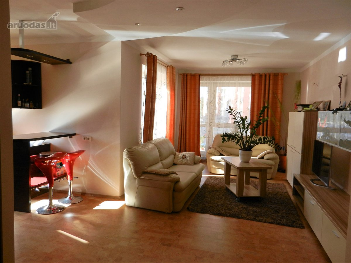 Vilnius, Lazdynai, Jonažolių g., 3 kambarių butas
