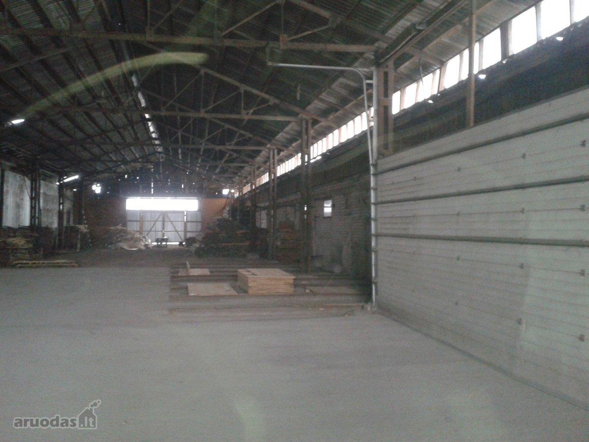 Alytaus r. sav., Daugų k., Ežero g., sandėliavimo, gamybinės paskirties patalpos