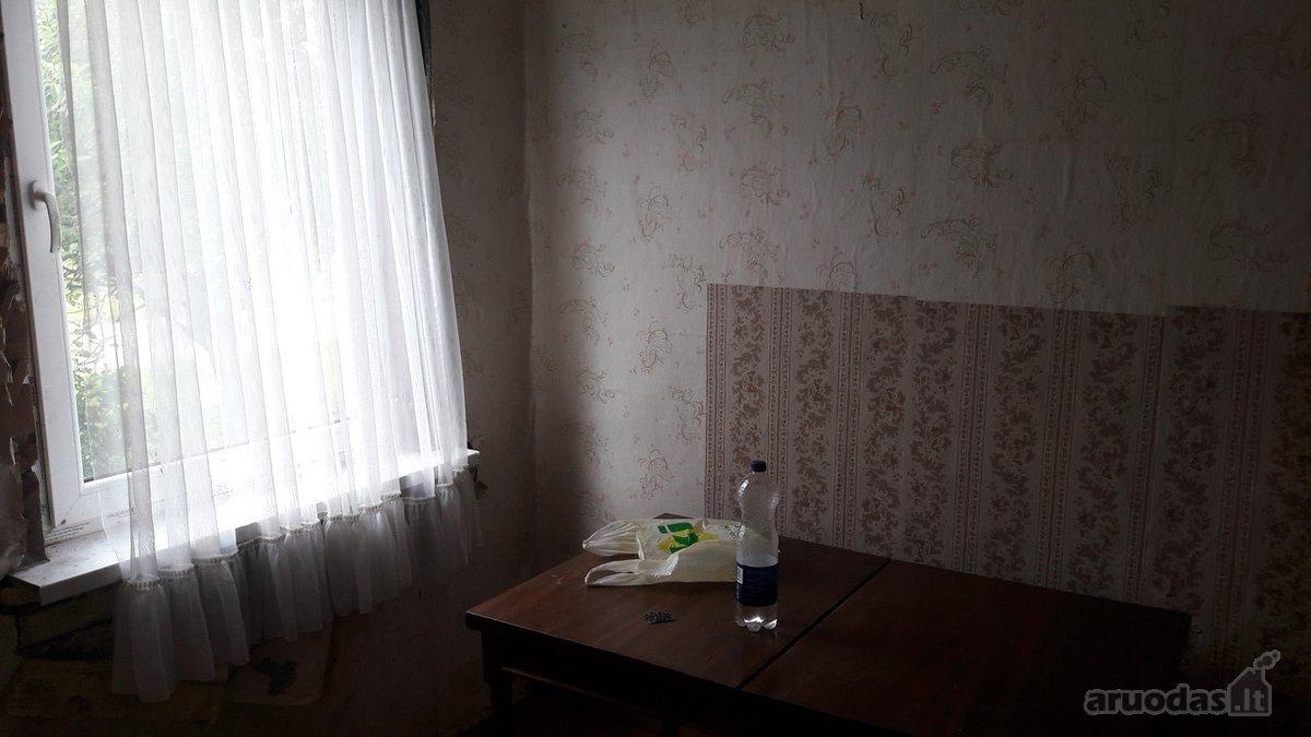 Šalčininkų r. sav., Baltosios Vokės m., Geležinkelio g., 3 kambarių butas