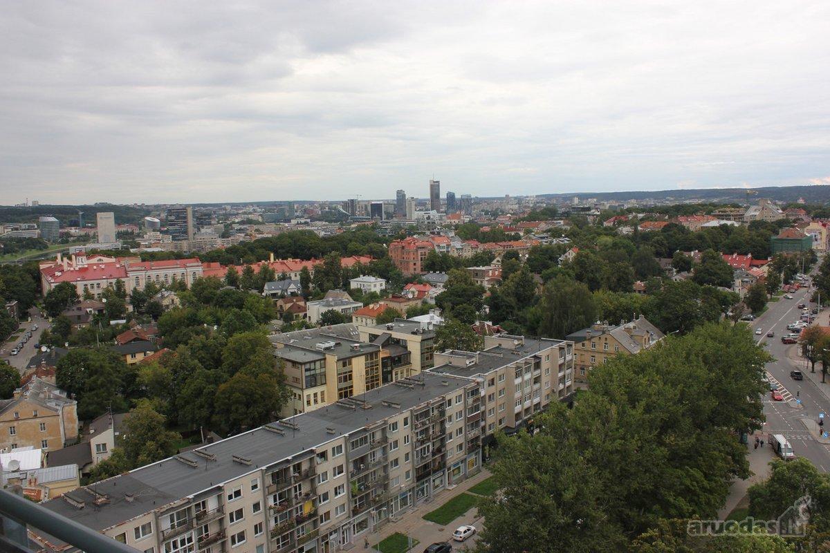 Vilnius, Senamiestis, Savanorių pr., 3 kambarių butas