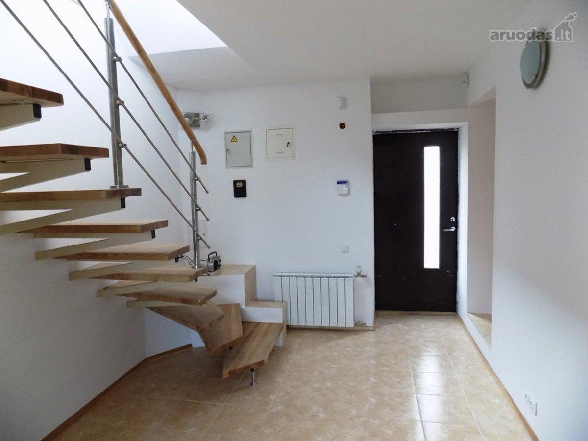 Vilnius, Pašilaičiai, Gineitiškių g., mūrinis namas nuomai