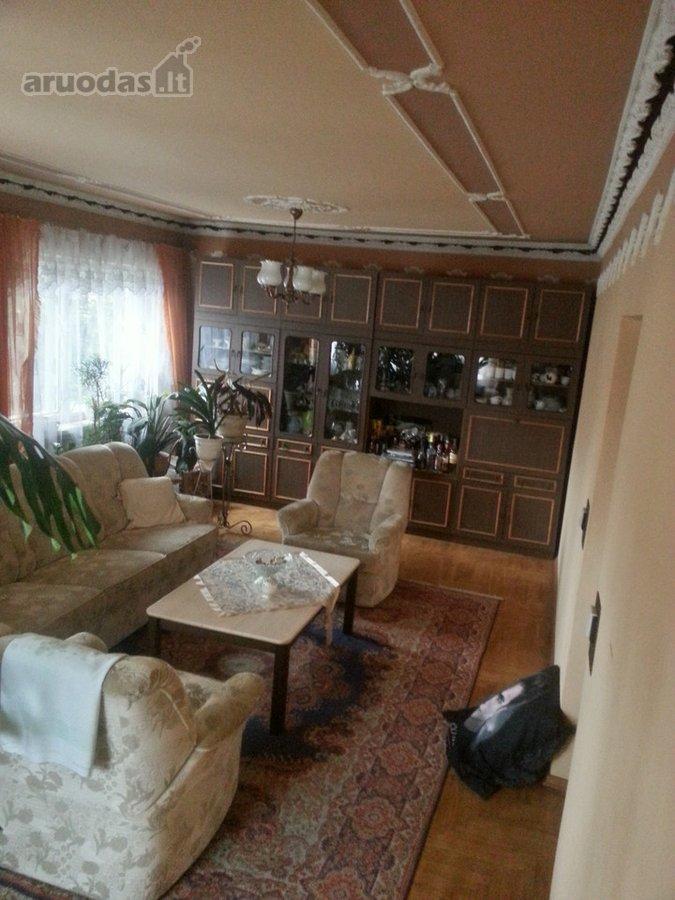Kauno r. sav., Garliavos m., Vieversių g., mūrinis namas