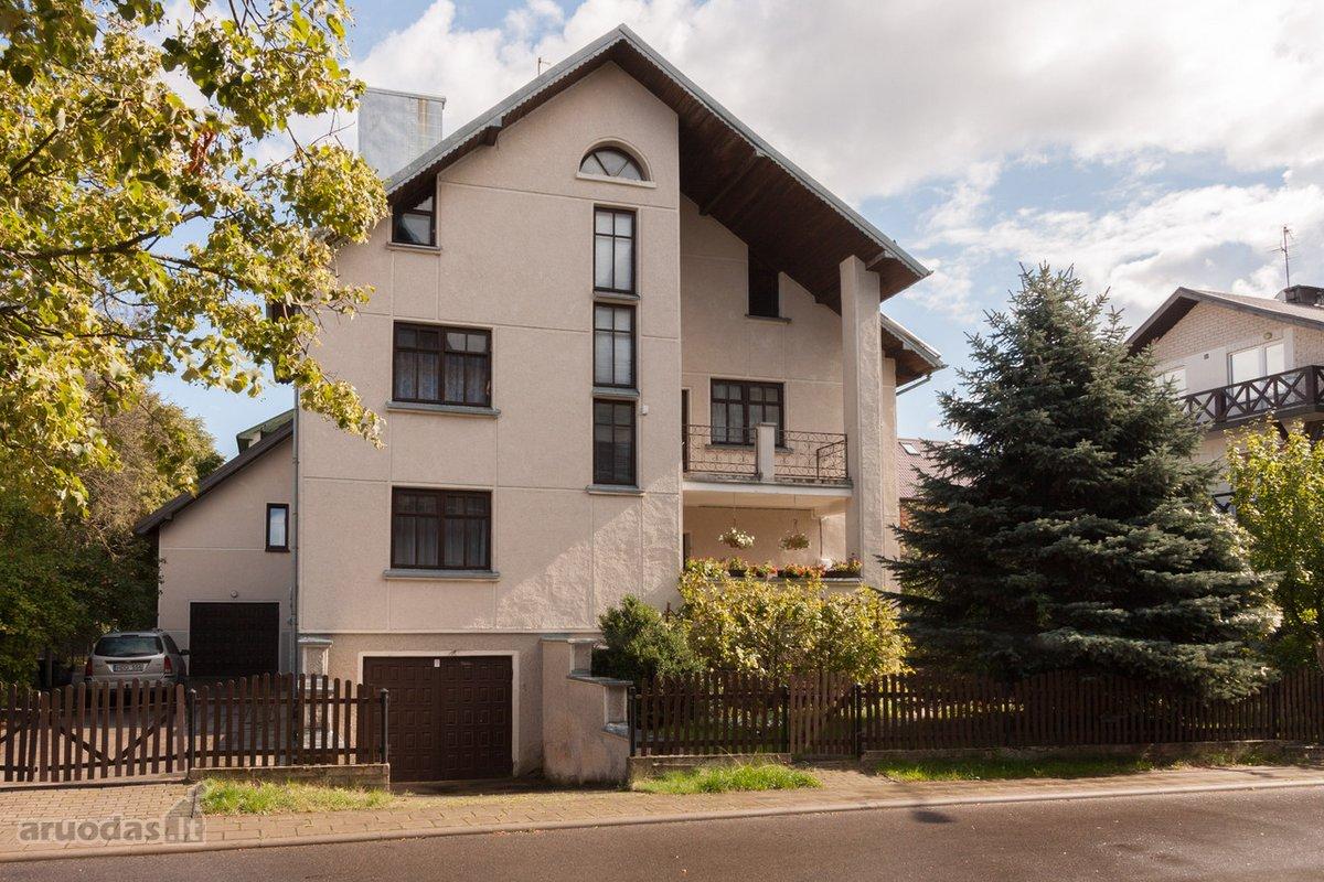 Palanga, Mėtų skg., mūrinis sublokuotas namas
