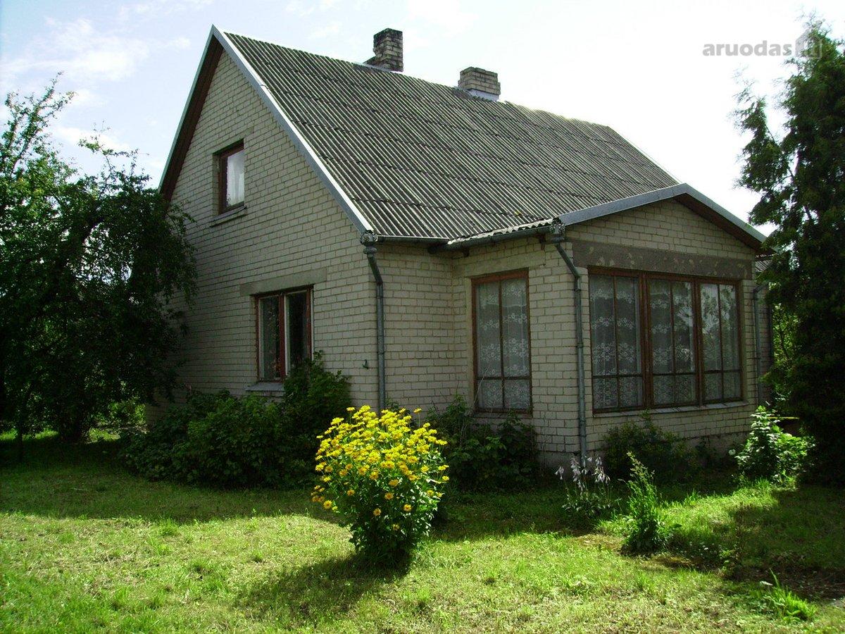 Jurbarko r. sav., Girdžių k., Gudelių g., mūrinis namas