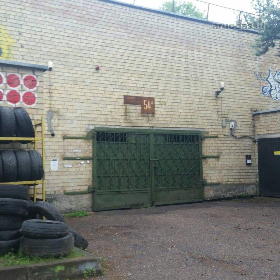 Vilnius, Žirmūnai, mūrinis garažas