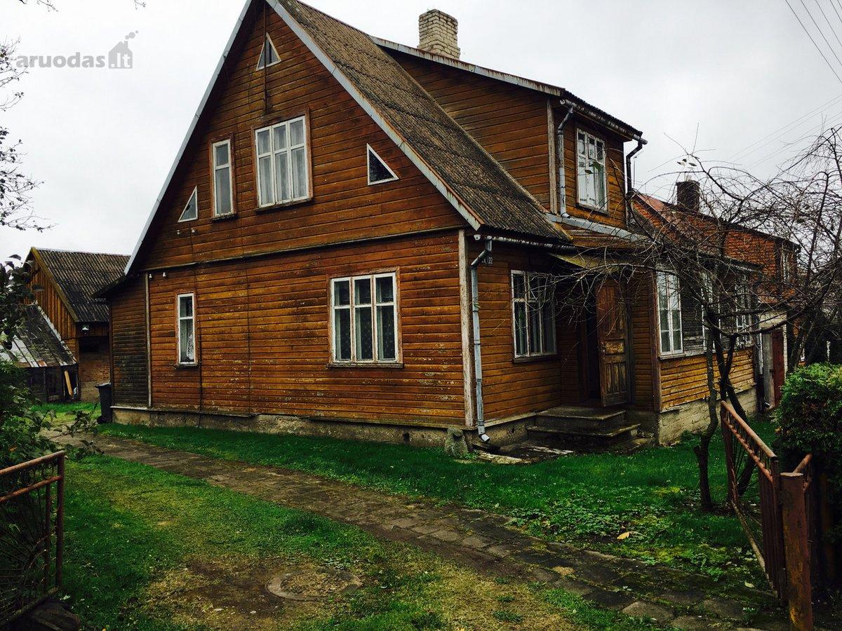 Plungės r. sav., Plungės m., Dariaus ir Girėno g., medinis namas