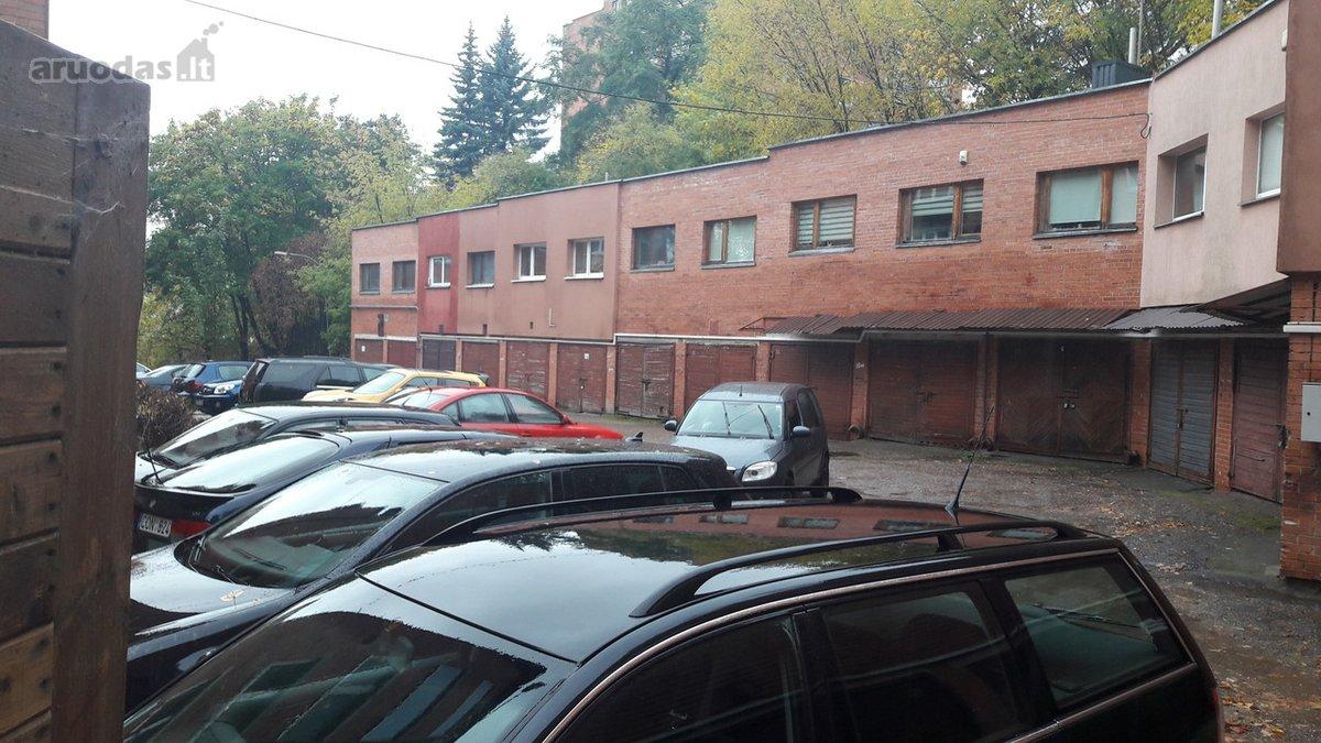 Vilnius, Antakalnis, Tverečiaus g., mūrinis garažas