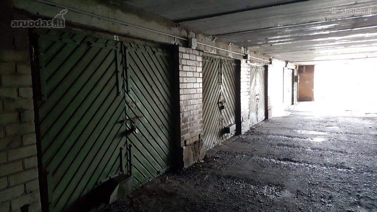Klaipėda, Mokykla, Joniškės g., mūrinis garažas