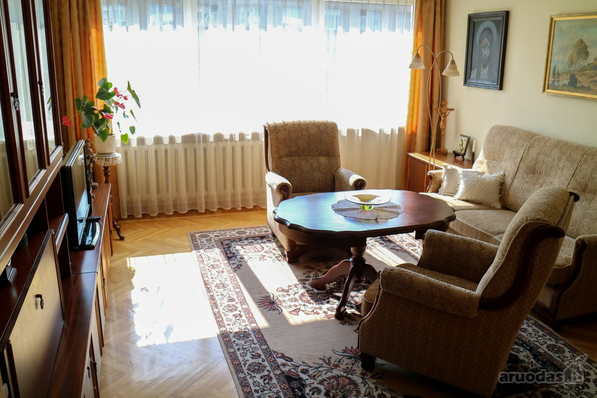 Kaunas, Žaliakalnis, Tvirtovės al., 4 kambarių buto nuoma