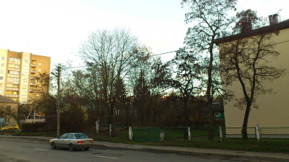 Vilnius, Naujininkai, Dzūkų g., namų valdos, daugiaaukštės statybos paskirties sklypas