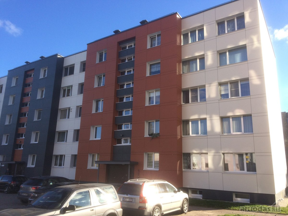 Jonavos r. sav., Jonavos m., Chemikų g., 3 kambarių butas
