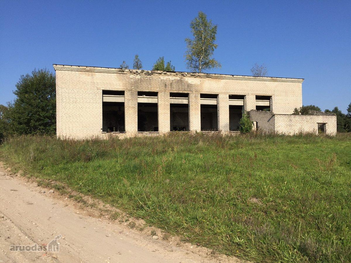 Trakų r. sav., Ubiškių k., Ežero g., gamybinės paskirties patalpos