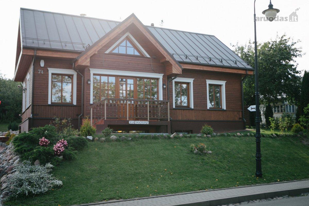 Trakų m., Karaimų g., mūrinis namas