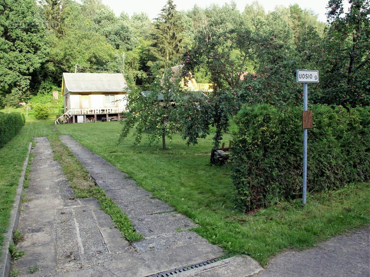 Kauno r. sav., Smiltynų II k., Uosio g., mūrinis sodo namas
