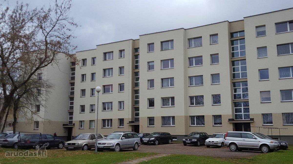Varėnos r. sav., Varėnos m., Melioratorių g., 3 kambarių butas