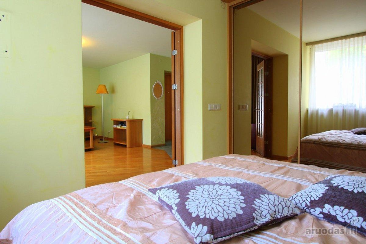 Vilnius, Senamiestis, Pilies g., 2 kambarių buto nuoma