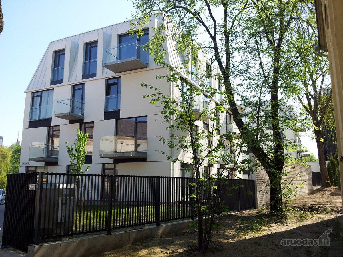Vilnius, Senamiestis, Kražių g., 4 kambarių butas