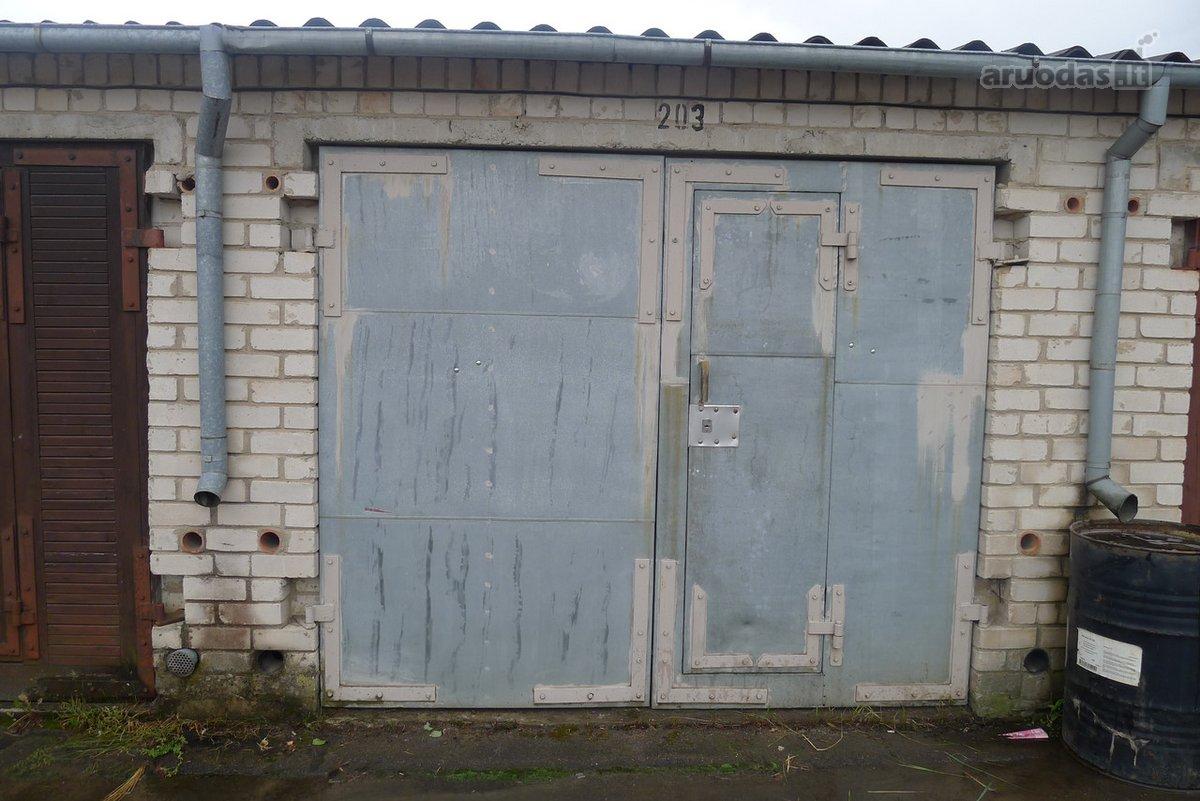 Panevėžys, Žagienio g., mūrinis garažas