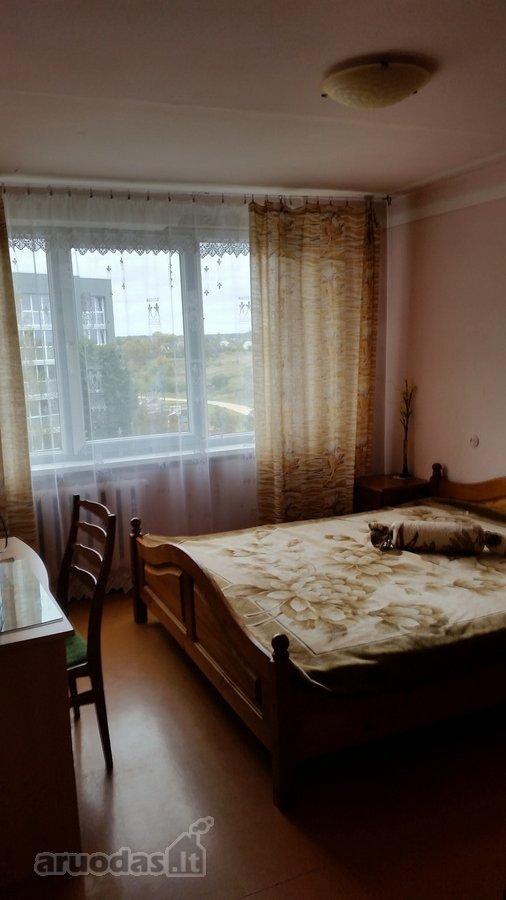 Akmenės m., Stadiono g., 3 kambarių butas