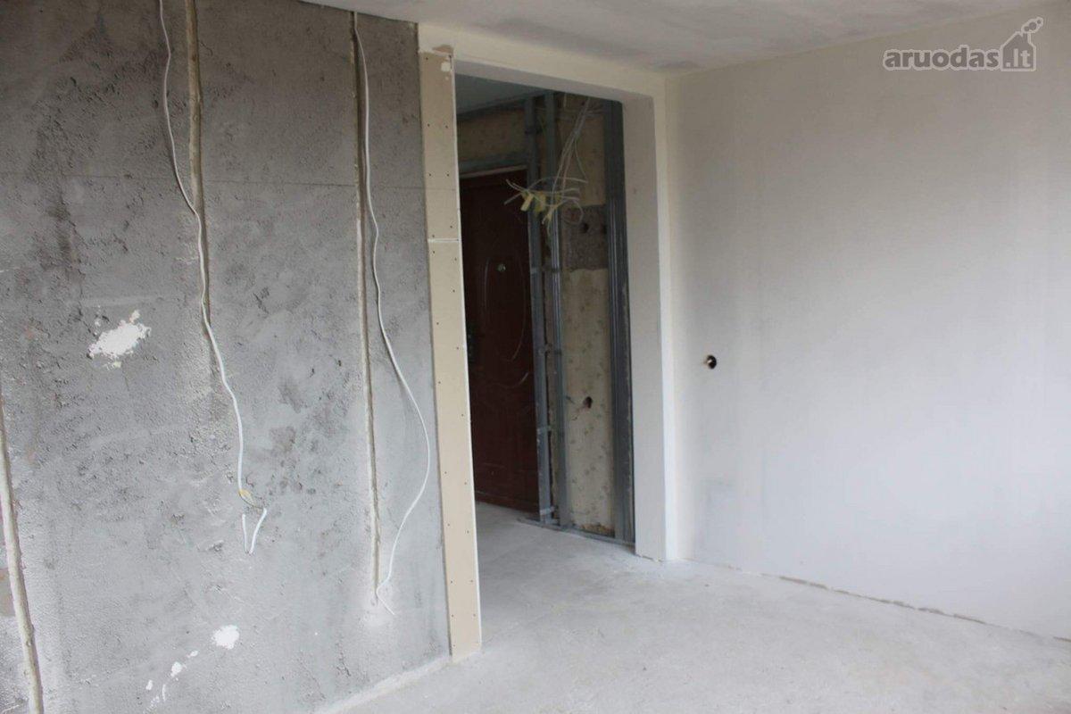 Kretingos r. sav., Salantų m., Jaunimo g., 2 kambarių butas