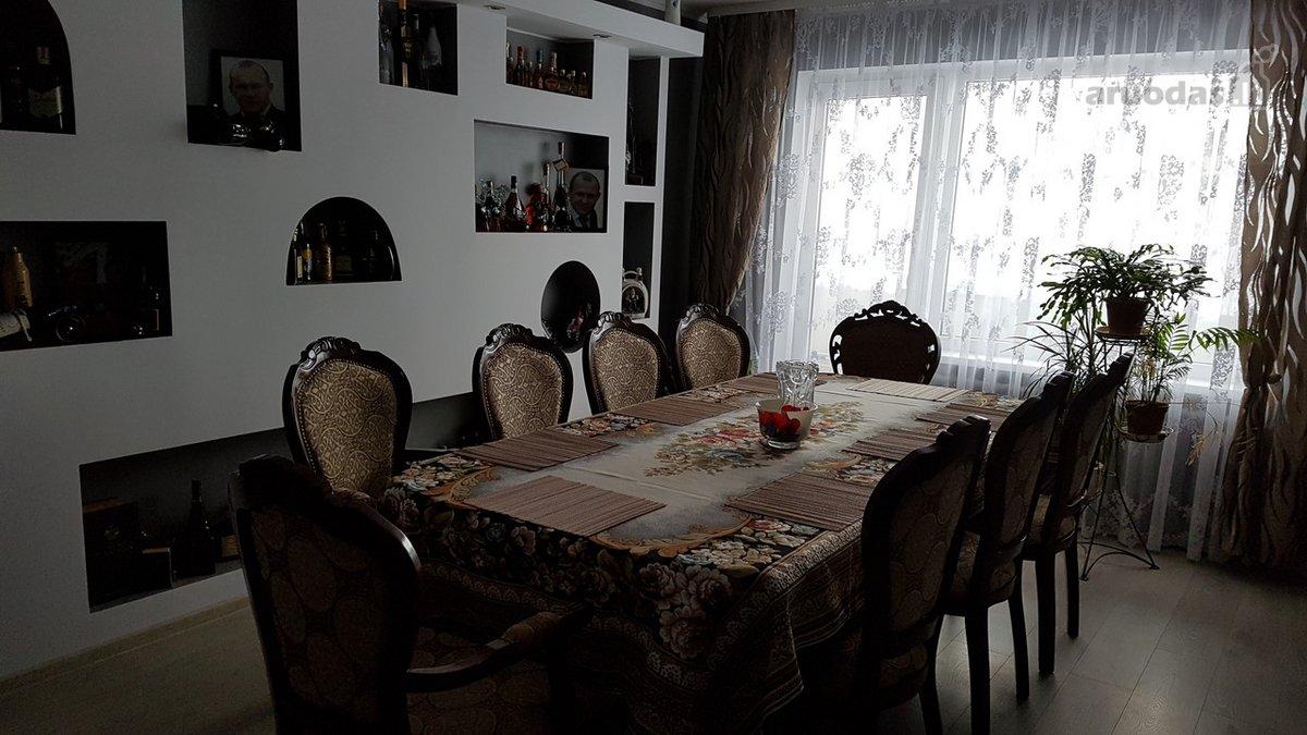 Šalčininkų r. sav., Šalčininkų m., Vytauto g., 4 kambarių butas