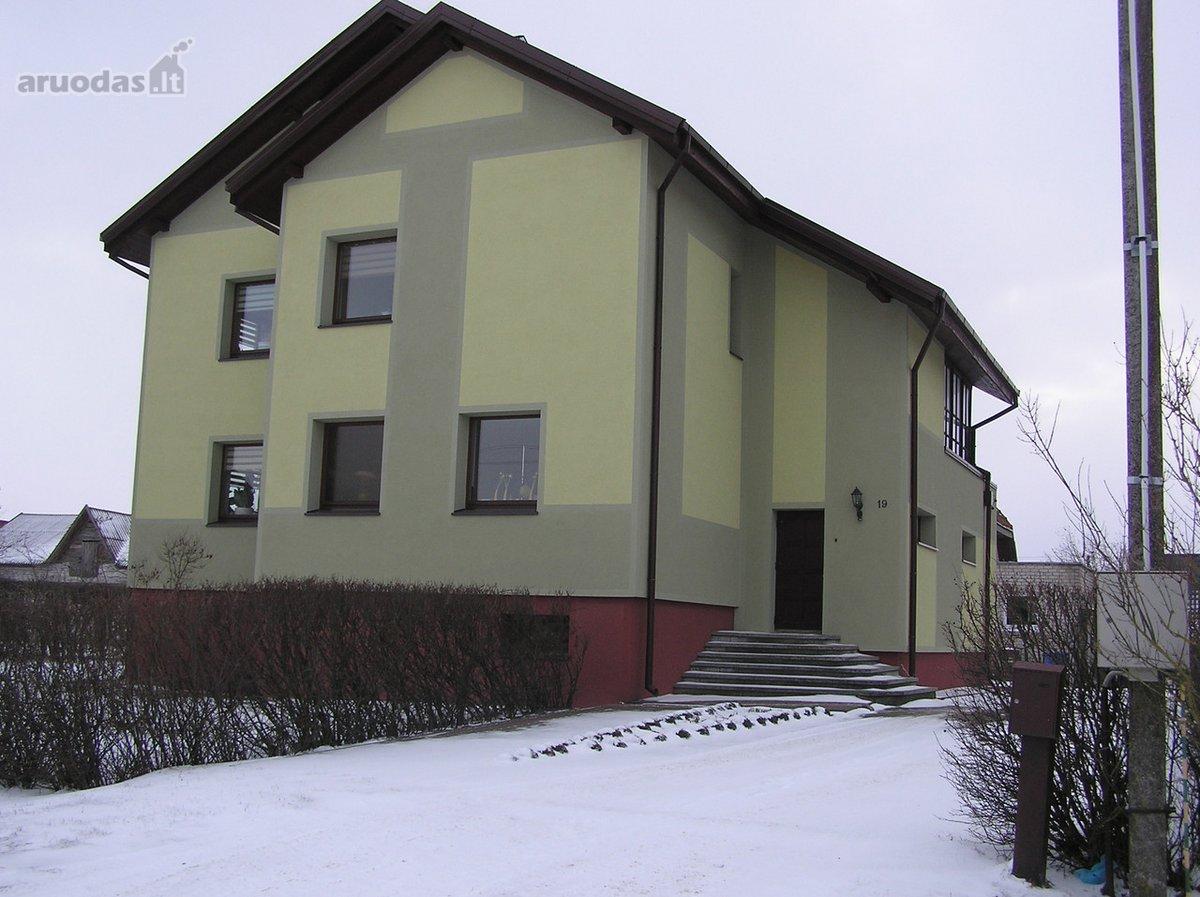 Šilutės m., Jovarų g., mūrinis namas