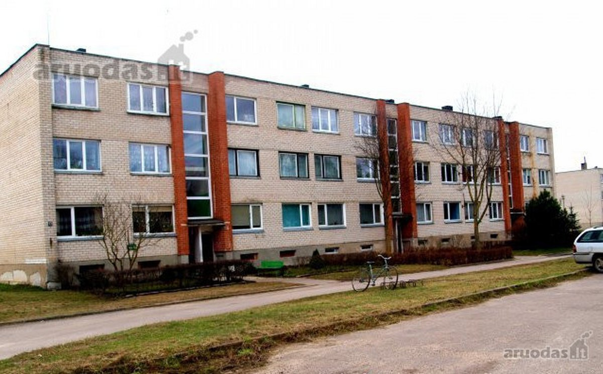 Radviliškio r. sav., Kutiškių k., Pušų g., 3 kambarių butas