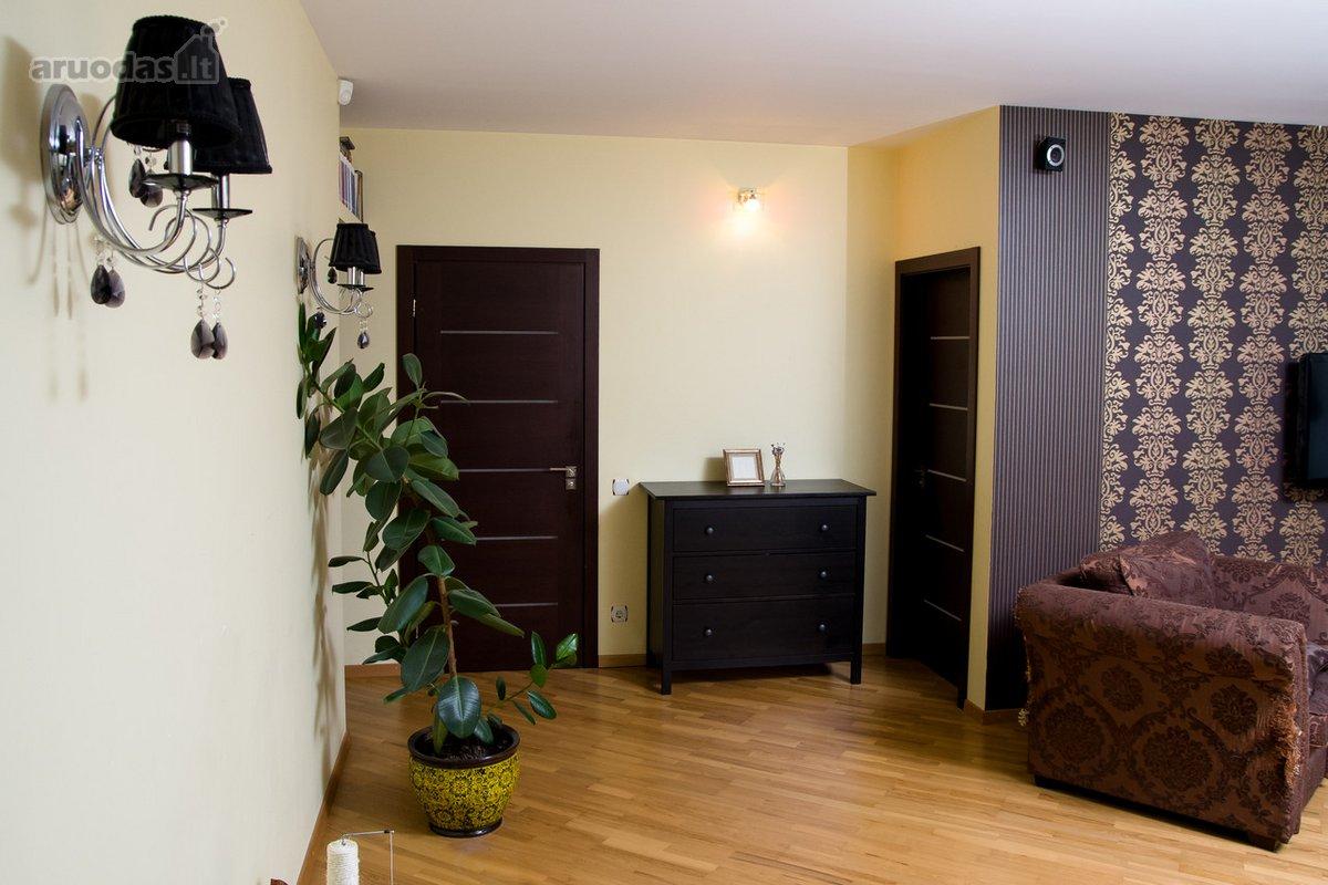 Vilnius, Lazdynai, M. Mironaitės g., 3 kambarių butas