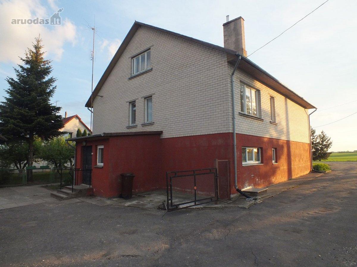 Pasvalio r. sav., Talačkonių k., Lėvens g., mūrinis namas