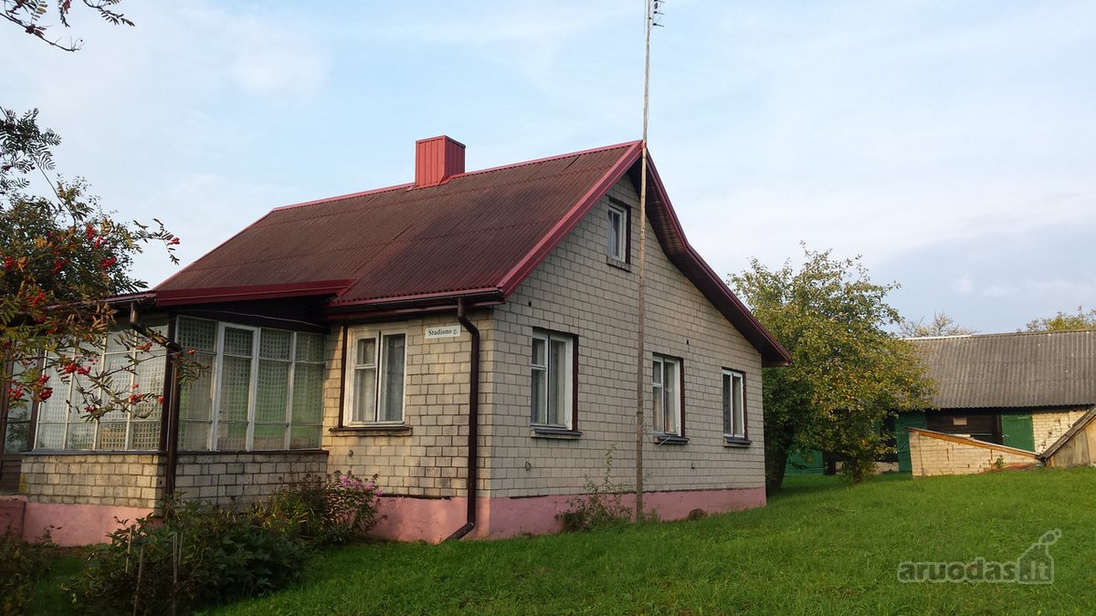 Elektrėnų sav., Pakalniškių k., mūrinis namas