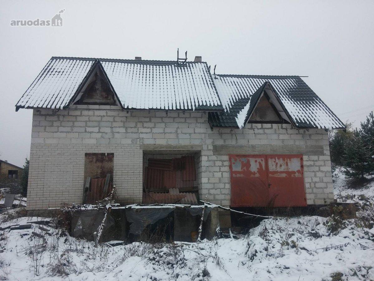 Trakų r. sav., Gratiškių k., Šaltinėlio g., mūrinis namas