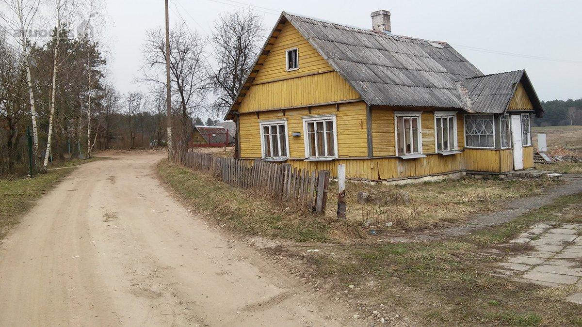 Trakų r. sav., Žemųjų Semeniukų k., Kunigiškių g., rąstinis namas