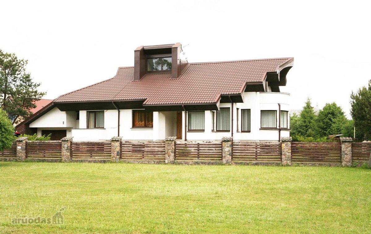 Kauno r. sav., Lapių mstl., Tvenkinių g., mūrinis namas